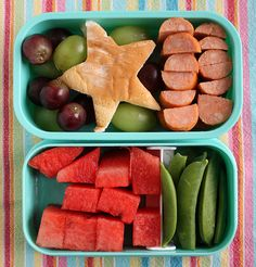 These lunches this mom makes for her kids are amazing!