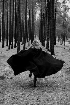 Black and White Witch darkness goth gothic cemetery dark forest nu goth gothic girl all black cloak dark beauty gothic beauty Dark Photography, Black And White Photography, Dramatic Photography, Portrait Photography, Teenage Photography, Dark City, Romanticism, Red Riding Hood, Story Inspiration