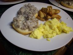 Sausage Gravy & Eggs