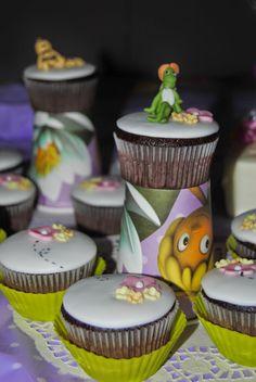 "Cupcakes e cake ""Ape Maya"" http://3gufettisulcomo.blogspot.it/2014/07/un-compleannoapissimo.html"