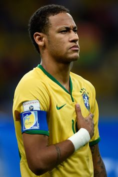 Neymar Photos - Neymar of Brazil looks on before a match between Brazil and Peru as part of 2018 FIFA World Cup Russia Qualifiers at Arena Fonte Nova on November 2015 in Salvador, Brazil. - Brazil v Peru - 2018 FIFA World Cup Russia Qualifiers Brazil Football Team, Football Is Life, Neymar Jr, Good Soccer Players, Football Players, Infp, Fc Barcelona Neymar, Neymar Brazil, Ex Husbands