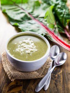 Super Greens and Goat Cheese Soup // @veggiebeastblog