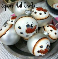 Snow Balls www.facebook.com/squarenailcrafts Handpainted Christmas Ornaments, Christmas Ornament Crafts, Hand Painted Ornaments, Snowman Crafts, Christmas Balls, Christmas Snowman, Holiday Crafts, Christmas Holidays, Lightbulb Ornaments