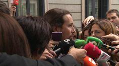 """Pablo Iglesias critica duramente """"las palabras que le ha escrito la casa real al rey para que las lea""""  http://www.ledestv.com/es/noticias/actualidad-politica/video/iglesias-critica-el-discurso-del-rey-en-el-congreso-no-ha-estado-a-la-atura/3625"""