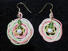 Ranunculus Tatted Earring with beads and pearls