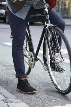 Osloh jeans. Made by people who love to ride bicycles.