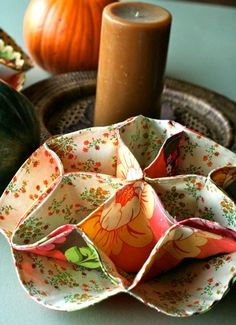 Pattern for Vintage Inspired Dinner Roll Holder from Gingercakes