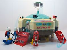 Playmobil brought to you by @ r/nostalgia Vintage Space, Vintage Toys, Pastel Backpack, Dolls House Figures, Playmobil Toys, Space Toys, Space Station, Childhood Toys, Miniture Things