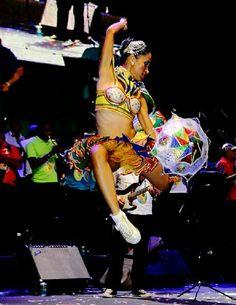 By Eduardo Andreassi www.eduardoandreassi.com Wedding Photography, Style, Rio De Janeiro, Events, Swag, Wedding Photos, Wedding Pictures, Outfits