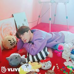 Image uploaded by ɢᴏʟᴅᴇɴ ɪᴅᴏʟ⁷. Find images and videos about kpop, bts and jungkook on We Heart It - the app to get lost in what you love. Namjoon, Seokjin, Bts Taehyung, Bts Bangtan Boy, Jhope Bts, Gwangju, Jung Hoseok, Super Junior, K Pop