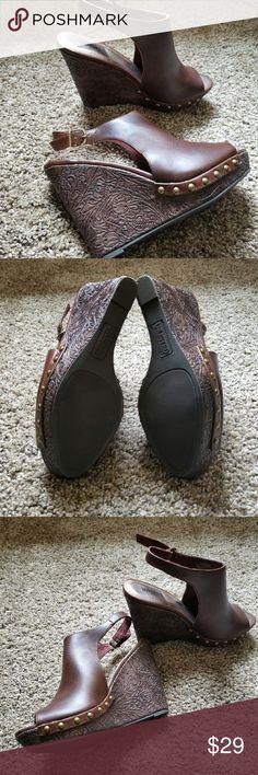 NEW Kenneth Cole Unlisted wedge peep toe shoe heel NWOB Unlisted peep toe wedges. Buckle closure and detailing on heel. Unlisted by Kenneth Cole Shoes Wedges