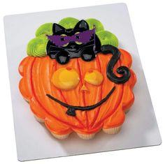 Cat Pumpkin Halloween Cake or Cupcake Topper Set Postres Halloween, Halloween Sweets, Halloween Baking, Halloween Cupcakes, Halloween Foods, Halloween Crafts, Pull Apart Cupcake Cake, Pull Apart Cake, Cupcake Cakes