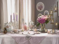 Résultats Google Recherche d'images correspondant à http://cdn-maison-deco.ladmedia.fr/var/deco/storage/images/maisondeco/cuisine/decoration-de-table/50-tables-de-fete/table-fete-deco-rose/1495906-1-fre-FR/Table-fete-deco-rose_w641h478.jpg