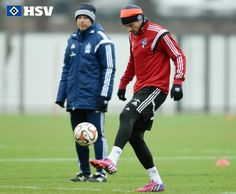 Bayern Munich pass master Xabi Alonso does keepy ups during training in his adidas Predator Instinct football boots.   You can buy the boots in Soft Ground (SG) and Firm Ground (FG) here at Galaxy Sports for £74.95.   100% Authentic. Worldwide Shipping.