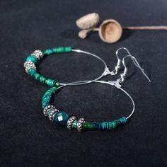 ~ Pour elle ~ Grandes créoles petites pierres turquoises. créoles argentés et pierres turquoises. grandes créoles perles. - 16,90€ -