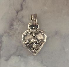 Pendant - Guitar Pick with Skull Kenny C. Favorite