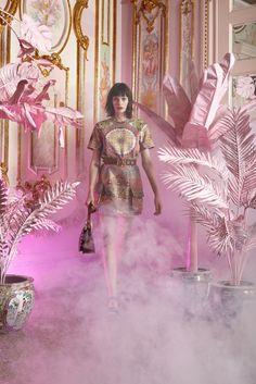 Cynthia Rowley Resort 2016 Fashion Show Cynthia Rowley, Fashion Gallery, Fashion Show, Fashion Design, Female Fashion, Fashion Photography Inspiration, Style Inspiration, Designer Collection, Passion For Fashion