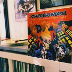 Television City Dream #screechingweasel @fat_wreck #punk #punkvinyl #vinylcollective #vinyl #vinyljunkie #records #vinylporn #record #nowspinning #vinylcollector #vinyloftheday #instavinyl #vinyligclub #vinylcommunity #ontheturntable #vinylcollection #recordcollection #33rpm #45rpm #onmyturntable #instagood #vinylcollectionpost #vscocam #red #orange #yellow by greg_is_rad