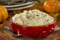 Looking for diabetic Thanksgiving side dishes? These fake-out mashed potatoes will fool all your family and friends. Not only are they cheesy and delicious, but they're good for you, too!
