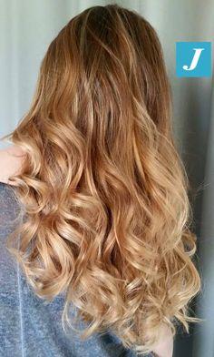 Summer shades Degradé Joelle. #cdj #degradejoelle #tagliopuntearia #degradé #welovecdj #igers #naturalshades #hair #hairstyle #haircolour #haircut #fashion #longhair #style #hairfashion