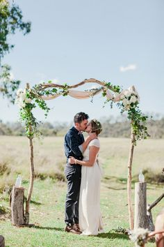Floral arch, flower crown, relaxed #boho #ceremony...