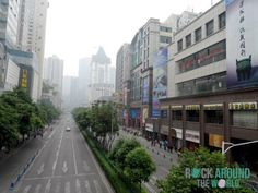 Die Stadt Chengdu in Smog, China