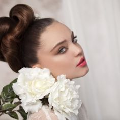 """Avi Malka """"Bridal Collection 2012""""<br><br><br>Top Art Style"""
