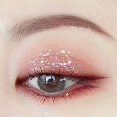 Korean Makeup Tips, Korean Makeup Look, Korean Makeup Tutorials, Asian Eye Makeup, Makeup Eye Looks, Eye Makeup Art, Kiss Makeup, Makeup Inspo, Makeup Inspiration