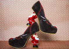 Irregular Thinking: Santas Ninth - Christmas Heels