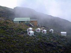Séjour dans les gîtes de la Réunion : pour être proche des habitants. http://blog.hertzreunion.com/sejourner-en-gite-a-la-reunion-se-rapprocher-de-la-culture-locale/