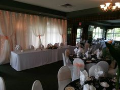 Savannah Golf Links has the perfect setting to hold your wedding or special event.