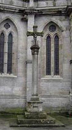 Cruceiro en Catedral de Lugo (Galicia - Spain)