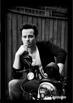 Andrew Scott... he is not allowed to look this good! He is evil....but…