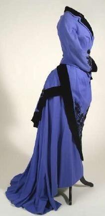 Les robes à tournure - Dos de l'ensemble : Album photo - aufeminin.com : Album photo - aufeminin.com - aufeminin