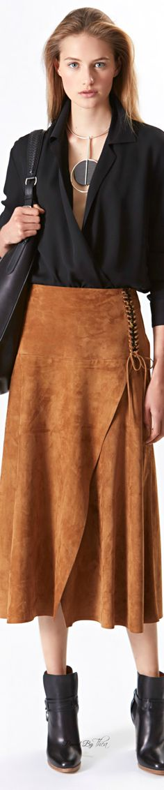 Celebrities who wear, use, or own Ralph Lauren Resort 2016 Suede Skirt. Also discover the movies, TV shows, and events associated with Ralph Lauren Resort 2016 Suede Skirt. Fashion Moda, Skirt Fashion, Fashion Outfits, Womens Fashion, Fashion Trends, Ralph Lauren Style, Ralph Lauren Collection, Looks Style, My Style
