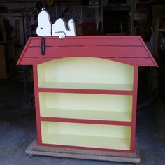 Snoopy Doghouse Bookcase by FeeBI's Woodworking