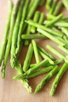 spring fresh asparagus with spicy lemongrass