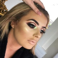 See this Instagram photo by @plouise_makeup_academy • 1,190 likes
