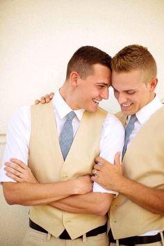 GAY WEDDING: TWINS