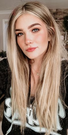 Blonde highlights get yer hair did в 2019 г. cabello hair, hair makeup и Blonde Hair Makeup, Balayage Hair Blonde, Ombre Hair, Blonde Wig, Blonde Brunette, Straight Hairstyles, Hairstyles With Bangs, Cool Hairstyles, Cabello Hair