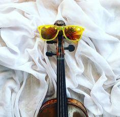 Pan Głowa od kilku dni ma już wakacje!  Teatr zamknięty ale my próżnować nie będziemy   Mr. Head just started holiday several days ago!  The opera house is closed but we aren't going to lazy!   _____________________________ #violin | #violino | #violinist | #violinlife | #violingirl | #skrzypaczka | #skrzypce | #muzyka | #geige | #fiddle | #musicaclassica | #instrument | #instaclassical | #bestmusicshots | #soloist | #virtuoso | #stringmusician | #violinsolo #jj_musicmember | #classicfm…