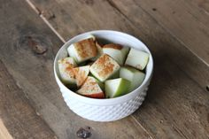 healthy snack ideas. apples & cinnamon. simply, yet unbelievably tasty.