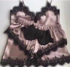 Lingerie Xxl, Jolie Lingerie, Cute Lingerie, Lingerie Outfits, Beautiful Lingerie, Lingerie Sleepwear, Nightwear, Women Lingerie, Stockings Lingerie