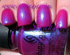 China Glaze - Core - Reggae To Riches  Sold Out - €4.99 EUR  Colour: fuchsia Finish: creme with electric blue shimmer Coats suggested: 2 Size: 14 ml  Pictured with 2 coats of polish and top coat.  Please note colours ma