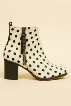 ... about POLKA DOTS on Pinterest | Polka dots, Dots and Polka dot tights