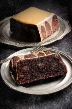 Schokolade-Schokolade-Chip-Pfund-Kuchen