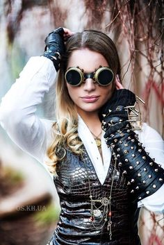 Why And How To Wear Steampunk Goggles https://www.steampunkartifacts.com/collections/steampunk-glasses
