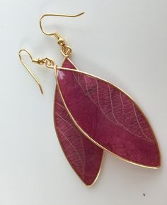 Plum and Gold Earrings, Contemporary Plum Earrings with Decorative Leaf Accents, Botanic Contemporary Earrings, Paper HandcraftedEarrings by on Etsy Quilling Jewelry, Paper Jewelry, Resin Jewelry, Jewellery, Paper Earrings, Pink Earrings, Leaf Earrings, Decorative Leaves, Pink Leaves