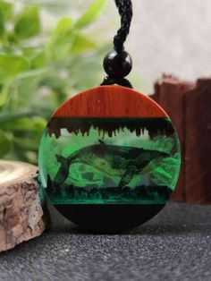 How To Make Resin Crafts - Amazing Wood Resin Necklace - DI . - How To Make Resin Crafts – Amazing Wood Resin Necklace – DIY & Crafts Today we have put togethe - Diy Resin Crafts, Easy Paper Crafts, Diy And Crafts, Stick Crafts, Resin Necklace, Resin Jewelry, Diamond Earrings, Bar Necklace, Jewelry Crafts