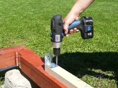 Zahradní domek pro dítě – 1. díl | Český Kutil.cz Outdoor Power Equipment, Pergola, Outdoor Pergola, Garden Tools